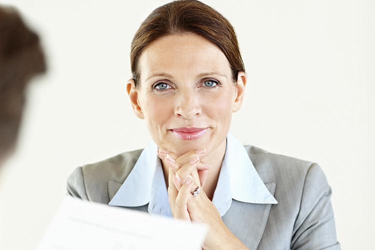 tester, andregangsintervju og prøvetid